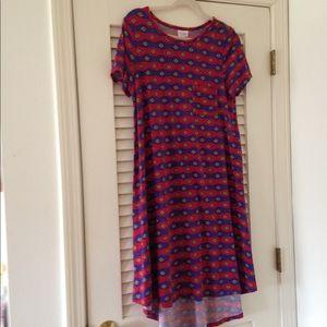 Summery Lularoe Carly Size M!